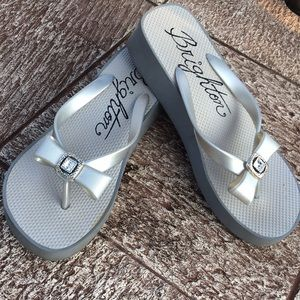 Brighton Shoes - BRIGHTON BOW CRYSTAL THONG SANDALS PLATFORM 7.5